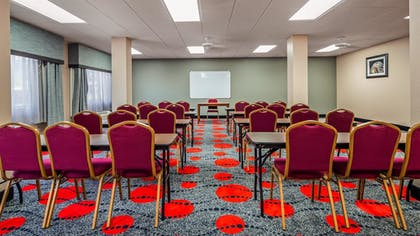 Meeting Facility | SureStay Plus Hotel by Best Western Houston Medical Center
