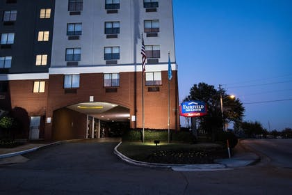 Exterior | Fairfield Inn and Suites by Marriott Atlanta Airport North