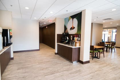 Cafe | Fairfield Inn and Suites by Marriott Atlanta Airport North