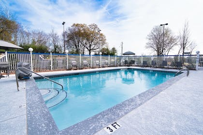 Sports Facility | Fairfield Inn and Suites by Marriott Atlanta Airport North