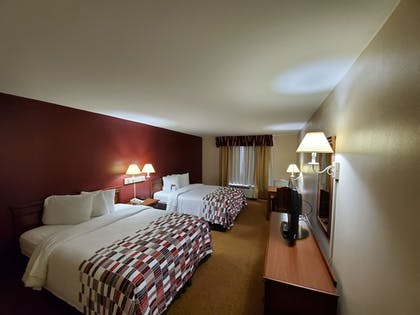 Room | Red Roof Inn & Suites Manchester, TN