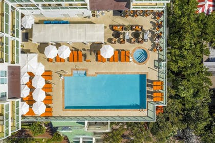 Outdoor Pool | Hotel Arya, BW Premier Collection