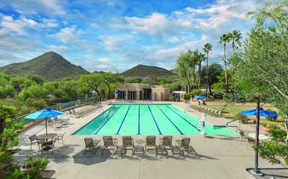 Outdoor Pool | Starr Pass Golf Suites