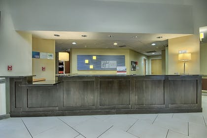Lobby | Holiday Inn Express Hotel & Suites Columbus SW-Grove City