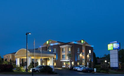 Exterior   Holiday Inn Express Hotel & Suites Anderson-I-85
