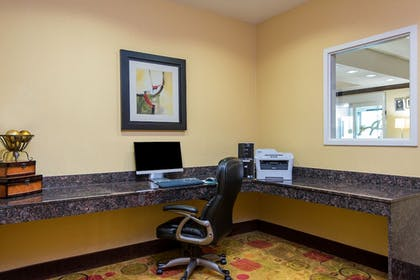 Business Center   Holiday Inn Express Hotel & Suites Anderson-I-85