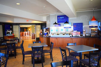 Restaurant | Holiday Inn Express Lewiston