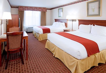 Guestroom | Holiday Inn Express Hillsville
