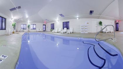 Indoor Pool | Holiday Inn Express Hillsville