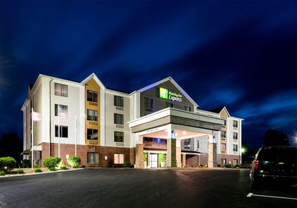 Exterior | Holiday Inn Express Hillsville