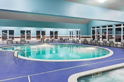 Pool | Holiday Inn Express & Suites Columbus Airport East