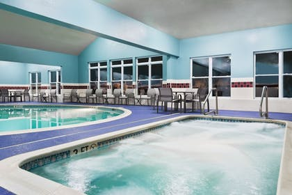 Indoor Spa Tub | Holiday Inn Express & Suites Columbus Airport East