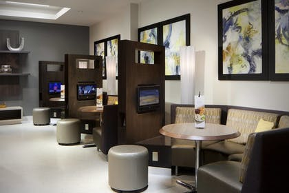 Business Center | Courtyard by Marriott Miami Beach-South Beach