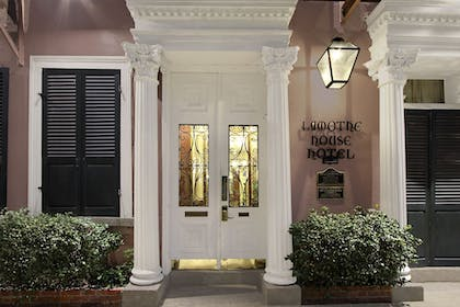 Hotel Entrance | Lamothe House