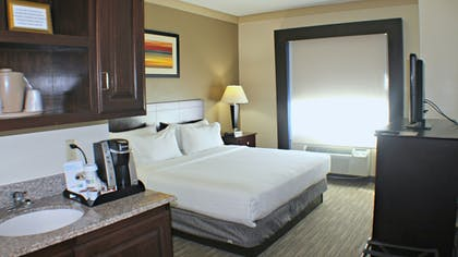 Room   Holiday Inn Express & Suites Plainview