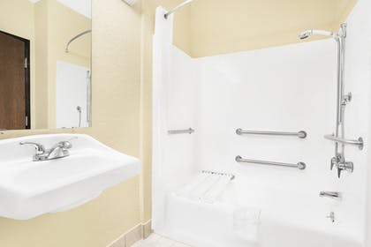 Bathroom | Super 8 by Wyndham Nixa/Springfield Area