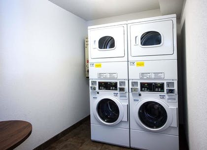 Laundry Room | Best Western Lakewinds