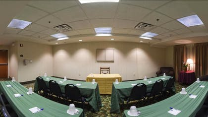 Meeting Facility | Holiday Inn Express Hotel & Suites Clearwater North-Dunedin
