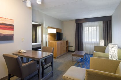Guestroom | Holiday Inn Express Hotel & Suites King of Prussia