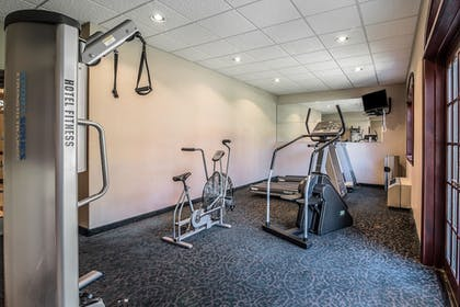 Fitness Facility | Clarion Hotel - Downtown - University Area