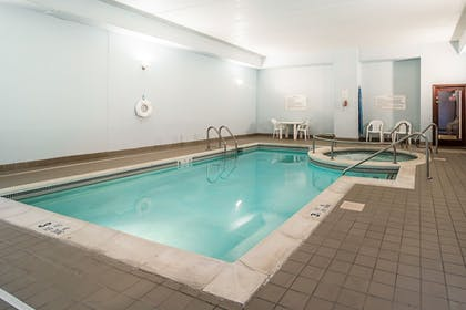 Indoor Pool | Clarion Hotel - Downtown - University Area