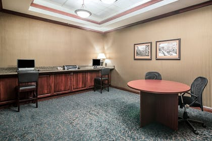 Property Amenity | Clarion Hotel - Downtown - University Area