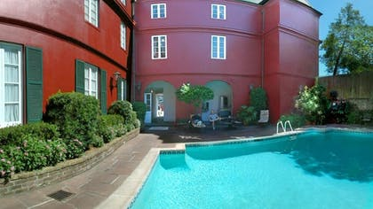Outdoor Pool   Le Richelieu in the French Quarter