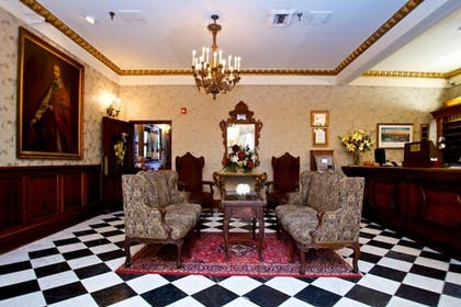 Lobby Sitting Area   Le Richelieu in the French Quarter