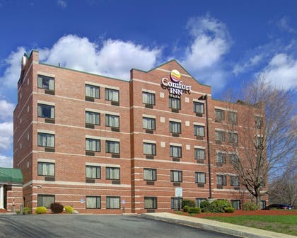 Featured Image | Comfort Inn Woburn
