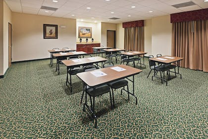 Meeting Facility | Holiday Inn Express And Suites