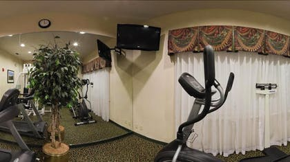 Gym | Holiday Inn Express And Suites