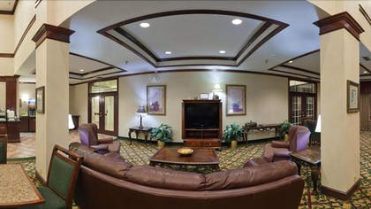 Hotel Lounge | Holiday Inn Express And Suites