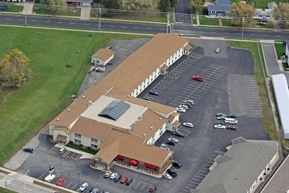 Aerial View | Woodfield Inn and Suites