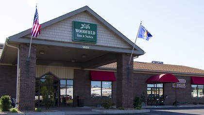 Featured Image | Woodfield Inn and Suites