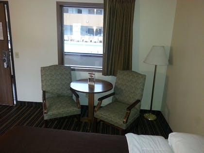 Guestroom View | Woodfield Inn and Suites