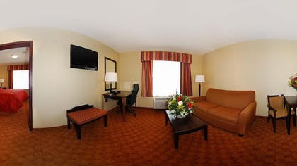 Living Room | Comfort Inn & Suites