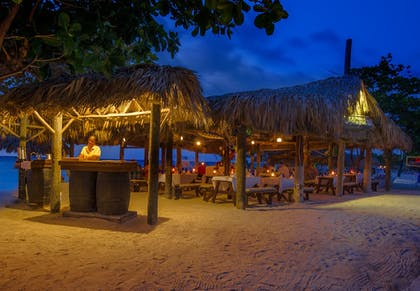 Couples Dining | Sandals Montego Bay