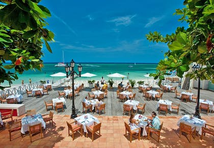 Outdoor Dining | Sandals Montego Bay