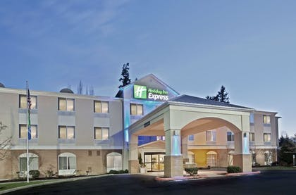 Featured Image   Holiday Inn Express Bothell