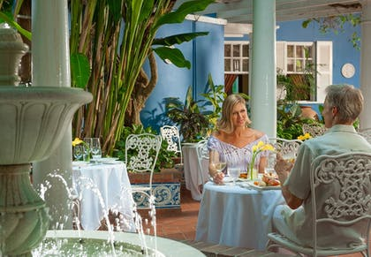 Couples Dining | Sandals Royal Caribbean