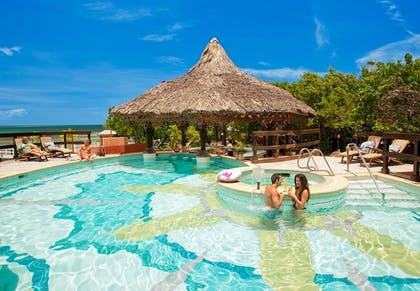 Outdoor Pool | Sandals Royal Caribbean