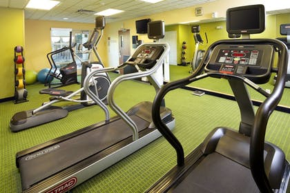 Sports Facility | Fairfield Inn & Suites by Marriott Phoenix Midtown