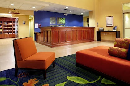 Lobby | Fairfield Inn & Suites by Marriott Phoenix Midtown