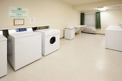 Laundry Room | Candlewood Suites Austin-Round Rock