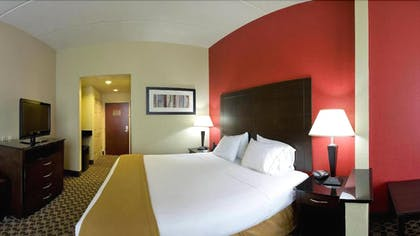 Guestroom | Holiday Inn Express Hotel & Suites Columbia - Downtown