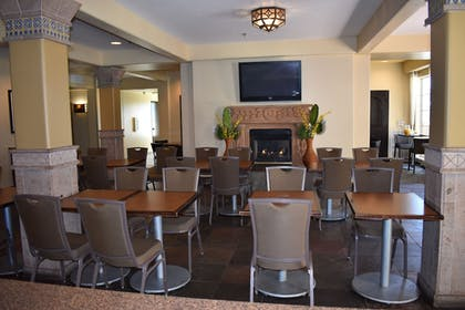 Dining | Carlsbad Suites