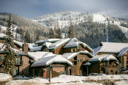 Featured Image | Kandahar Lodge at Whitefish Mountain Resort