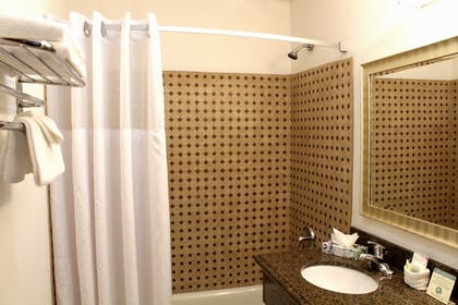 Bathroom   Pacific Inn and Suites