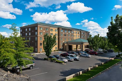 Featured Image | Oxford Suites Downtown Spokane