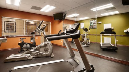 Sports Facility | Best Western Plus Hobby Airport Inn & Suites